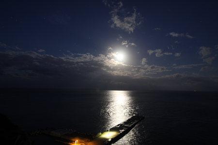 画題:満月 撮影者:狩野仁栄さん